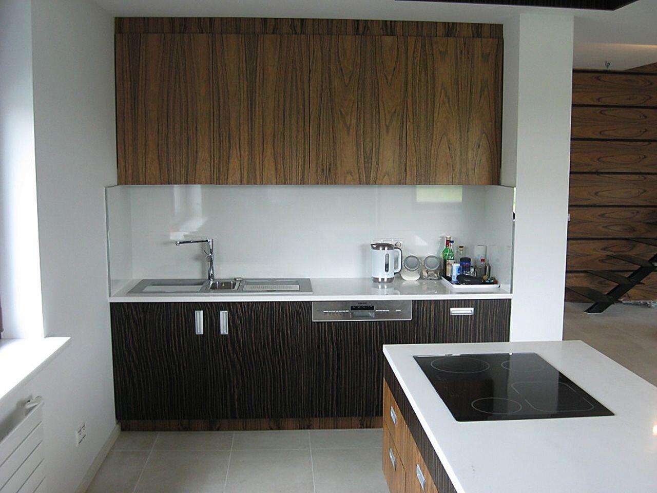 """""""kuchnia-imitacja-drewna-na-wymiar-design-stol-krzesla"""""""